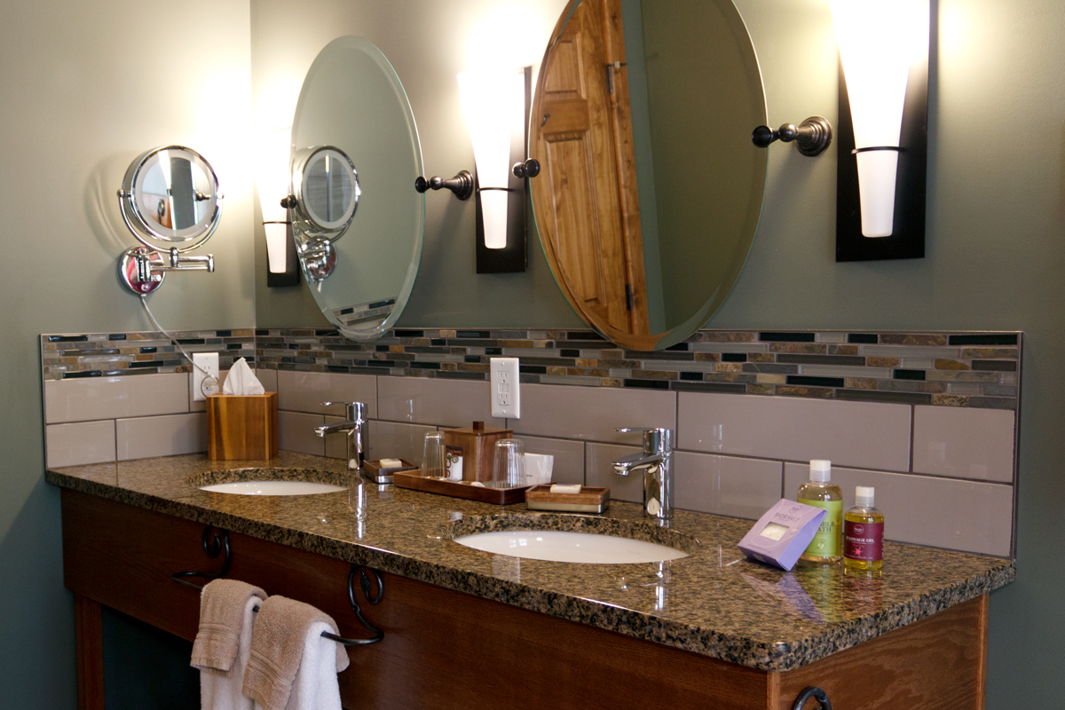 Birchside Vanity | The Prairie Creek Inn