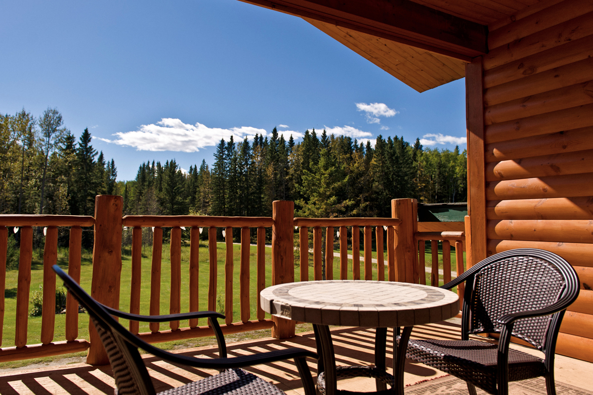 Loft Suite Deck | The Prairie Creek Inn