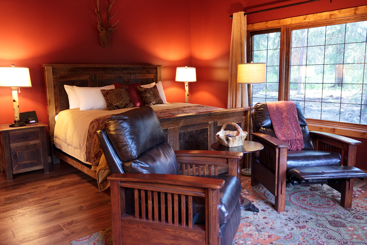 Aspen Treehouse Suite ~ The Prairie Creek Inn