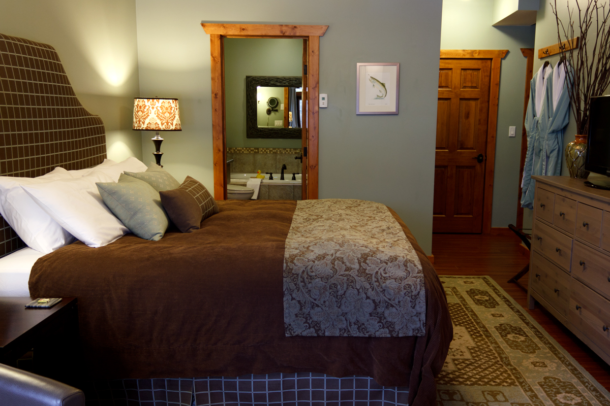 Brown Trout Suite | The Prairie Creek Inn