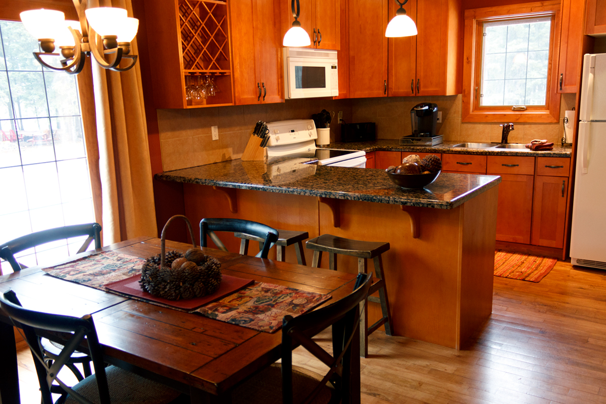 Creekside Cottage Kitchen | The Prairie Creek Inn