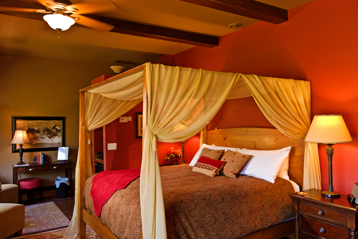 Stables Suite | The Prairie Creek Inn