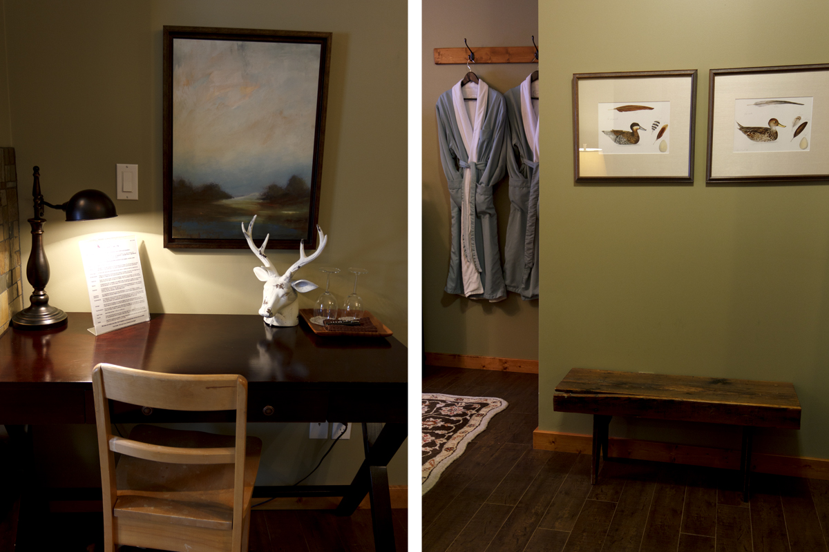 Woodlands Desk Entrance | The Prairie Creek Inn