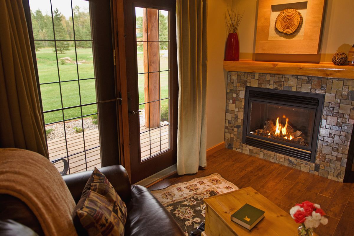 Woodlands Sitting Area | The Prairie Creek Inn
