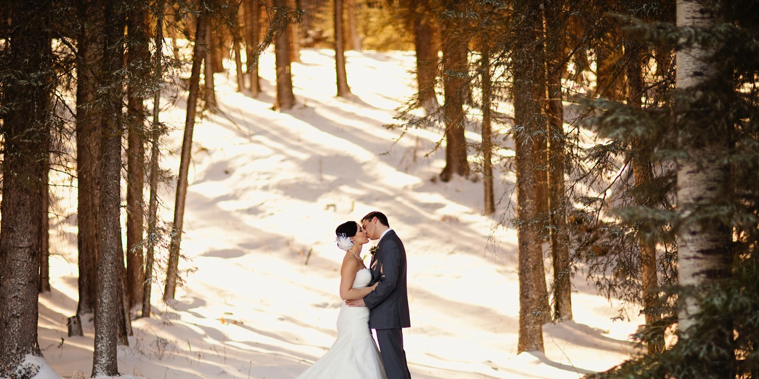 Couple in Forest in Winter ~ Hazy Blur Creative ~ The Prairie Creek Inn