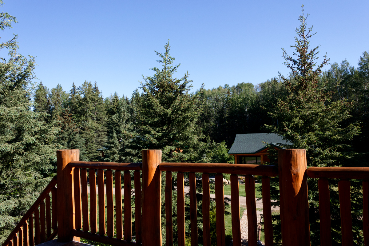 Loft Suite Front Deck | The Prairie Creek Inn